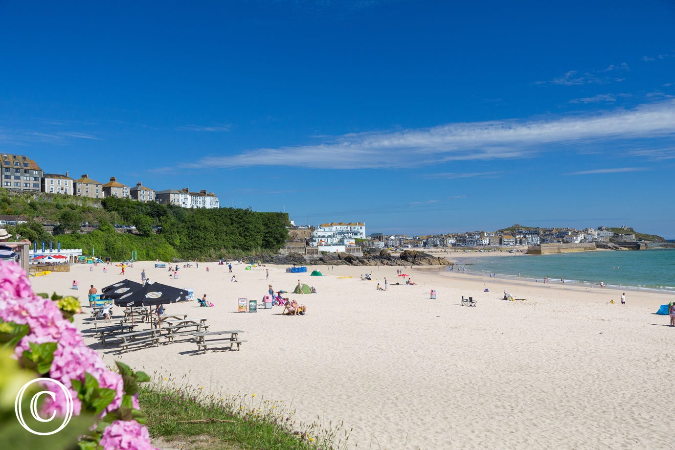 Just a 5 minute walk to Porthminster Beach